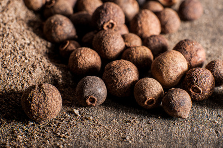 allspice berries, whole and ground